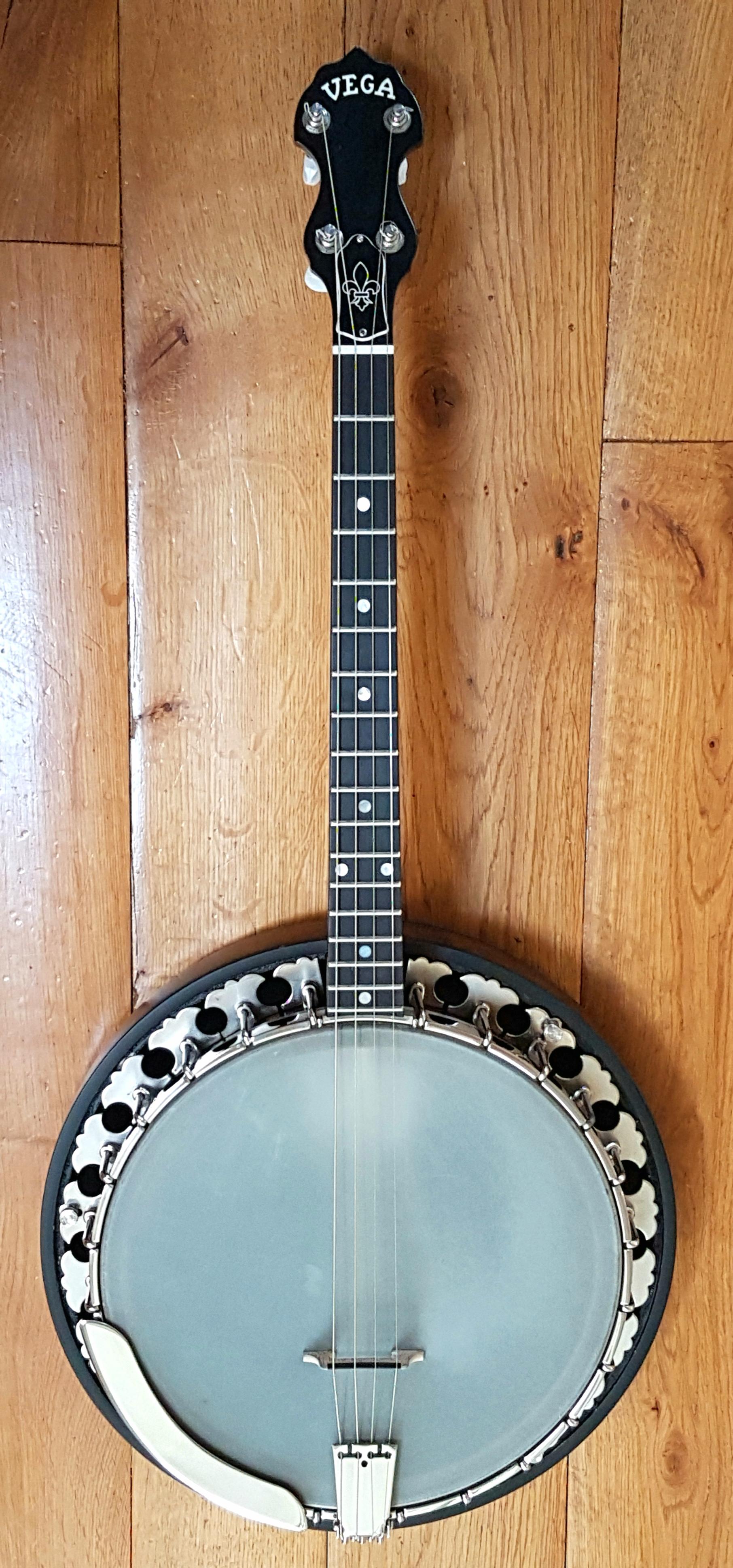 Pure Banjo » Vega Little Wonder 17 Fret Tenor Banjo by Deering
